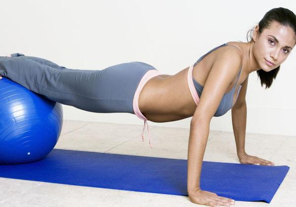 How to do isometric sit-ups - Step 3