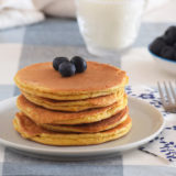 Fitness almond and peanut butter pancakes: healthy gluten-free recipe
